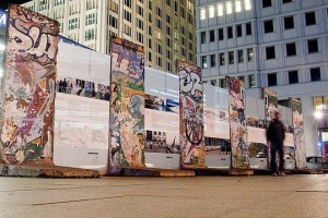 potsdamer-platz-berlin-wall-memorial