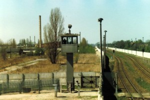 staaken-railway-border-crossing-1986